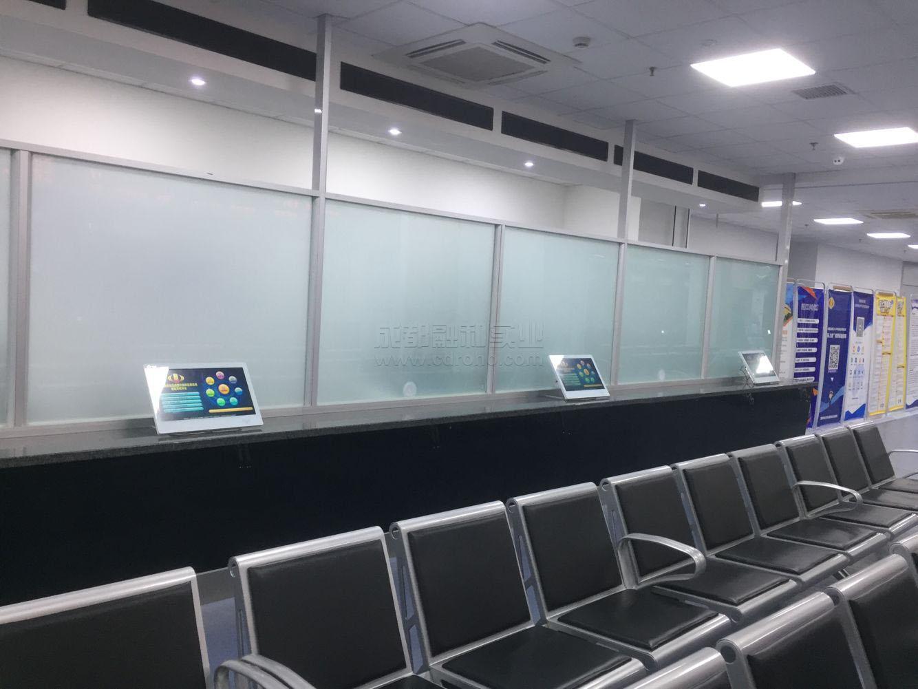 智慧税务大厅之休息区桌面式导税机安装配置